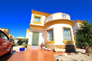 3 bedroom Villa for sale in Guardamar