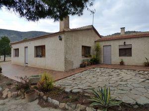 3 bedroom Villa for sale in Petrer