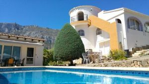 5 bedroom Villa te koop in Denia