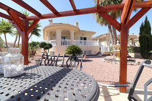 4 bedroom Villa for sale in Benimar