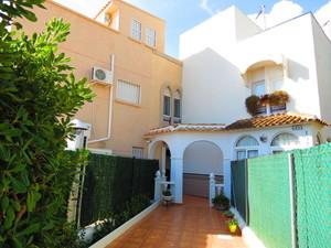 4 bedroom Townhouse for sale in La Zenia