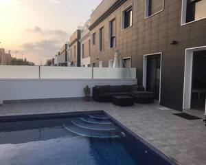 3 bedroom Townhouse for sale in Roda