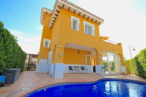 3 bedroom Villa for sale in Mar Menor