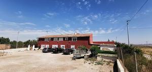 9 bedroom Villa for sale in Fuente Alamo