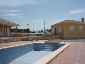5 bedroom Villa te koop in Monovar