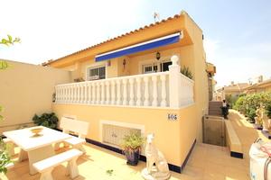 2 bedroom Villa for sale in Benimar
