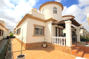 3 bedroom Villa te koop in Guardamar