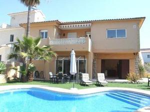 5 bedroom Villa for sale in Albir