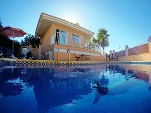 4 bedroom Villa for sale in Cartagena