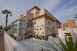 2 bedroom Geschakelde Woning te koop in Playa Flamenca