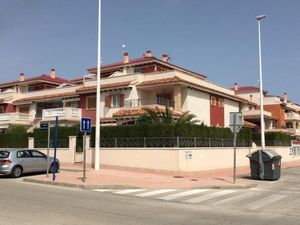5 bedroom Villa te koop in Torrevieja