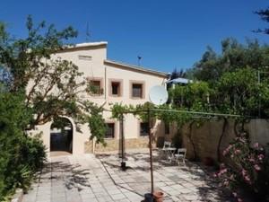 4 bedroom Villa for sale in Banyeres de Mariola