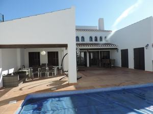 Villa de 4 dormitorio se vende en El Valle Golf