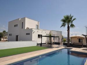 5 bedroom Villa for sale in Pinoso