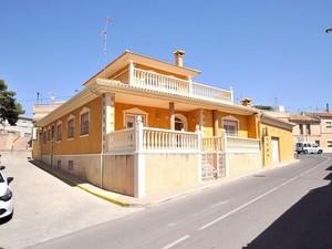 4 bedroom Villa te koop in Alguena