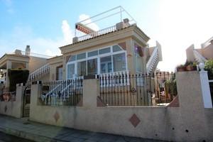 2 bedroom Villa for sale in Montemar