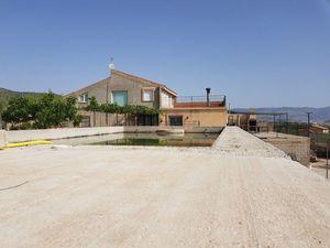 7 bedroom Villa for sale in Castalla