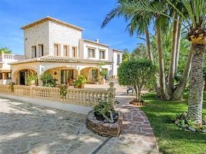 11 bedroom Villa for sale in Moraira