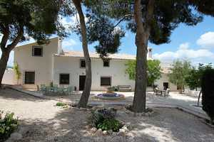 7 bedroom Villa te koop in Caravaca de la Cruz