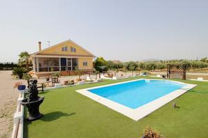 Villa de 3 dormitorio se vende en Puerto Lumbreras