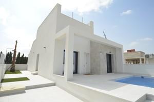 2 bedroom Townhouse for sale in Daya Nueva