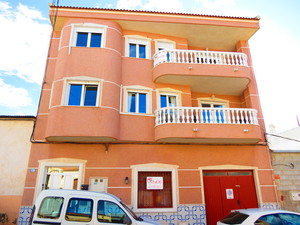 4 bedroom Apartment for sale in Algorfa