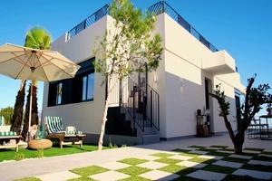 2 bedroom Villa for sale in Benidorm