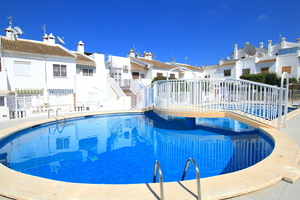 2 bedroom Townhouse for sale in El Chaparral