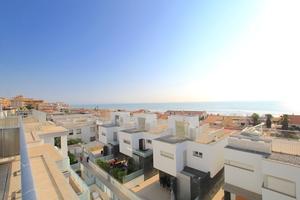 5 bedroom Townhouse for sale in Guardamar del Segura