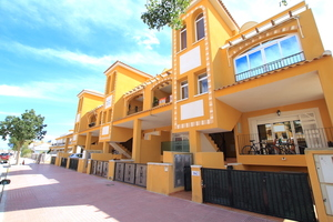 2 bedroom Apartment for sale in Daya Nueva