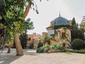 10 bedroom Villa for sale in Alicante