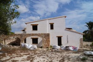 3 bedroom Finca for sale in Teulada