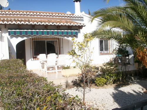 2 bed semi Moraira community property