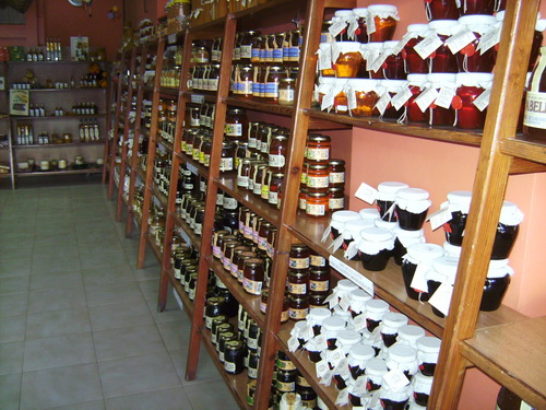 Honey Shop Jalon Valley