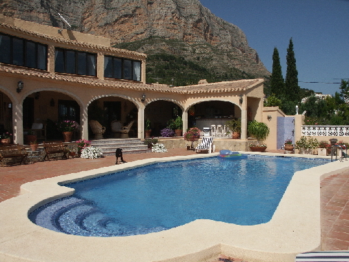 5 Bedroom Montgo Villa, 1,366,000 EUR
