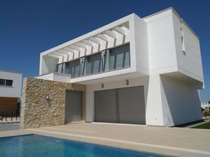 4 bedroom Villa for sale in Orihuela