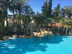 Income producing 3 bedroom penthouse apartment on the Golden Mile Marbella
