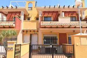 3 bedroom Adosado se vende en Los Dolses
