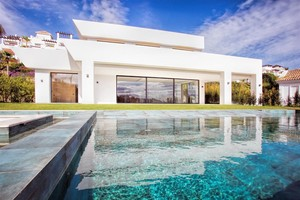 5 bedroom Villa for sale in Benahavis