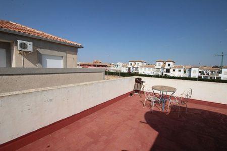 Фото Бунгало с 3 спальнями в La Zenia