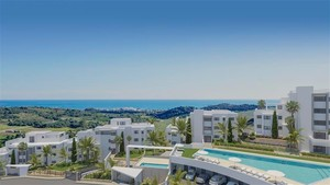 3 bedroom Penthouse for sale in Estepona