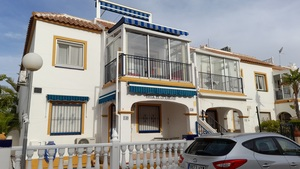 Superb south facing top floor apartment in Playa Flamenca