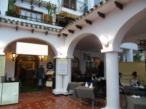 Commercial for sale in Villamartin