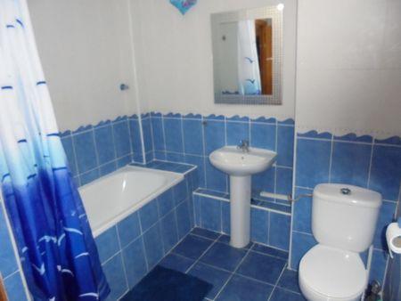 Foto Villa con habitaciones 4