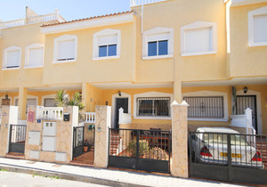 3 bedroom Townhouse for sale in Orihuela