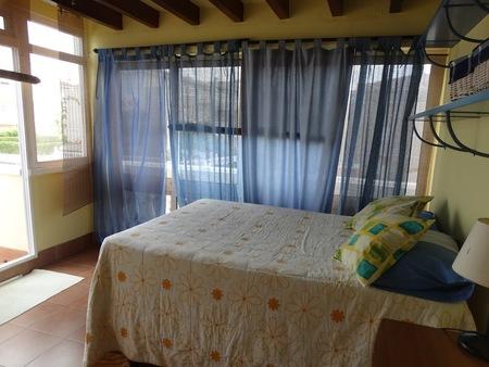 Фото Бунгало с 3 спальнями в Orihuela Costa