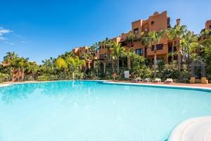 3 bedroom Apartment for sale in Puerto Banus