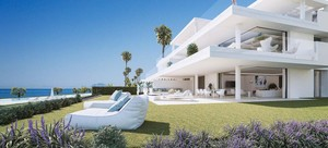 4 bedroom Apartment for sale in Estepona