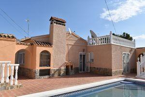 3 bedroom Villa for sale in Canada De San Pedro