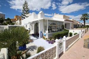 2 bedroom Bungalow for sale in El Galan